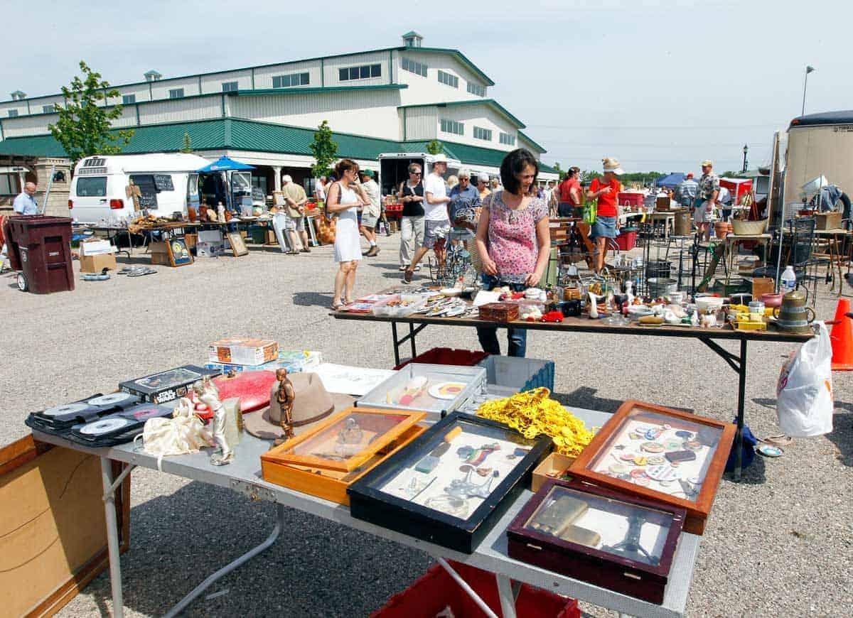 Grayslake Chicago Illinois Antique Vintage Flea Market